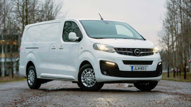 Koeajo: Suvunvaihdos – Opel Vivaro Van