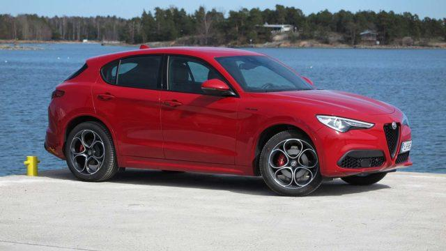 Koeajo: katumaasturien paholainen Alfa Romeo Stelvio tekee paluun