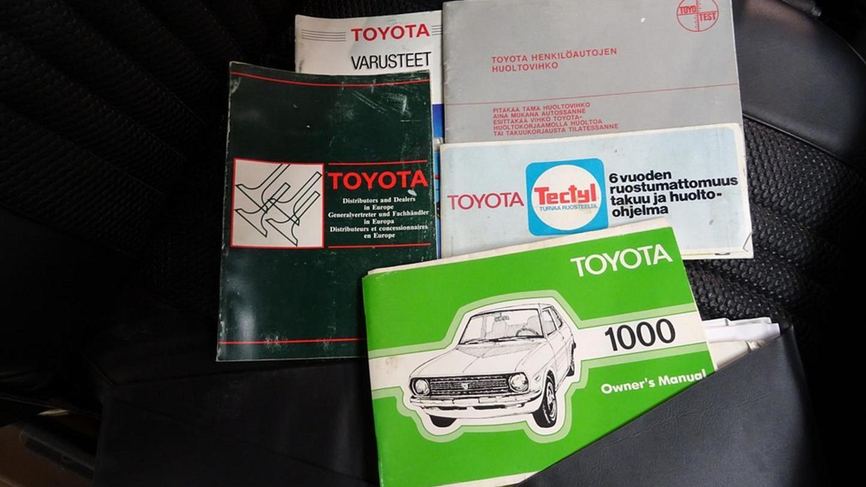Auton Käyttöohjekirja