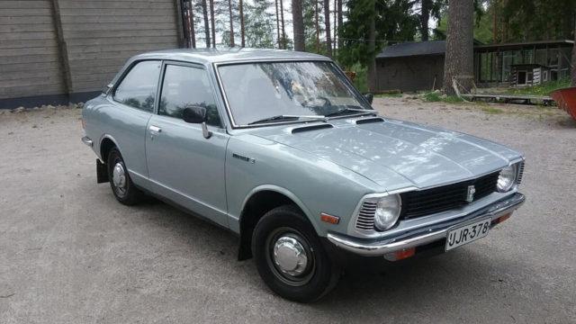Toyota Corolla KE20 etuoikea - Tori.fi