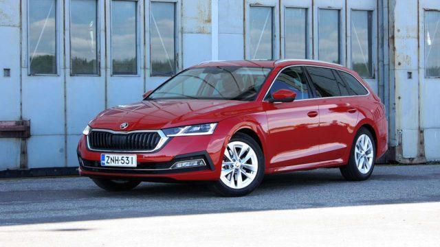 Koeajo: uudistettu Škoda Octavia Combi on vielä entistäkin käyttökelpoisempi