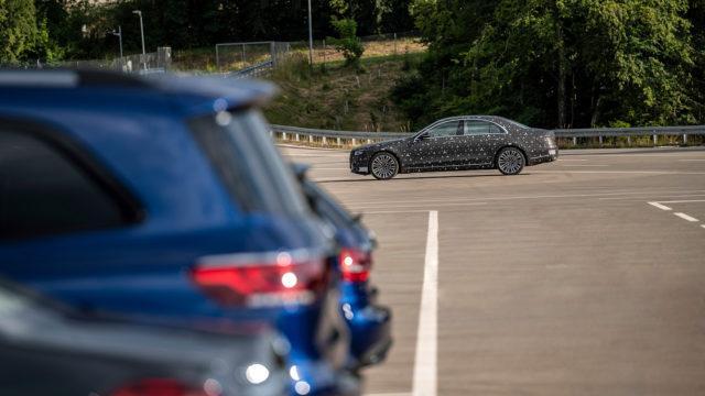 Tuleva Mercedes-Benz S-sarja 2021 sivusta