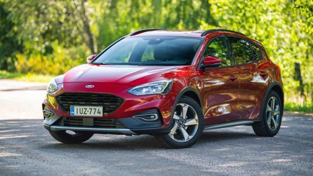 Koeajo: Kumisaapasfiilis – Ford Focus Active