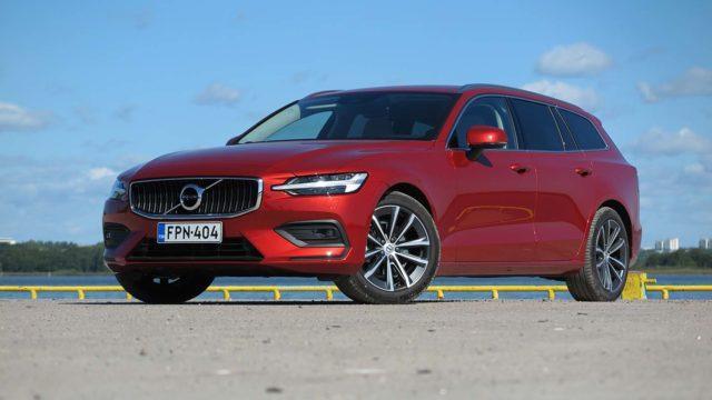 Koeajo: Volvo V60 B3 MHEV on kevyesti sähköistetty, mutta huomaako kevythybridin toimintaa mistään?