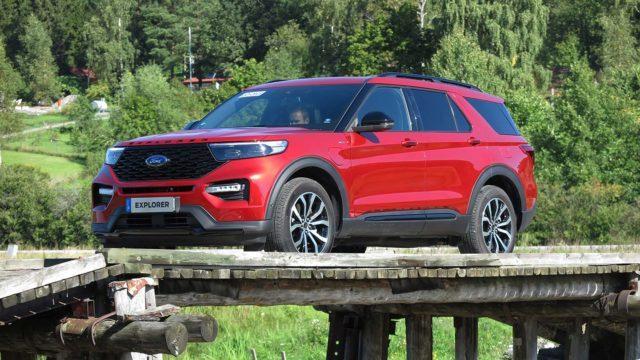 Koeajo: Ford Explorer on poistuneen Edge-katumaasturin vieläkin isompi veli