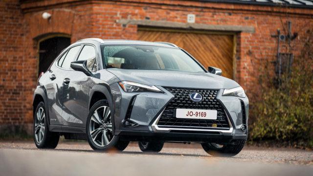 Maistiainen: hybrideillä menestyneen konsernin ensimmäinen sähköauto – Lexus UX 300e