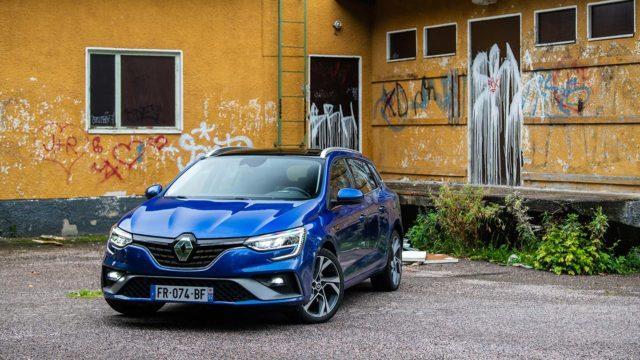 Koeajo: Aina vain parempi – Renault Mégane E-Tech Hybrid Sport Tourer