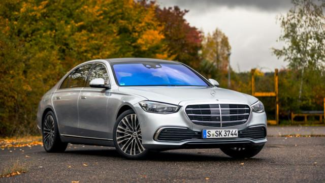 Koeajo: Mercedes-Benz S-sarja – edustusautojen kuningas on teknisempi, mutta helpommin lähestyttävä