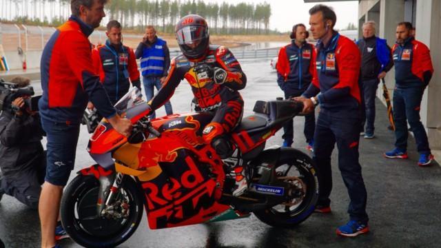 MotoGP Mika Kallio MotoGP-luokassa taas suomalaisväriä Portugali Portimao