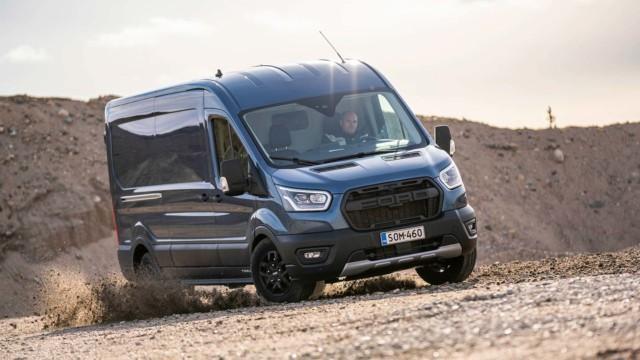 Koeajo: Ford Transit Van Trail AWD – kun hyötyajoneuvosta tehtiin pakumaasturi