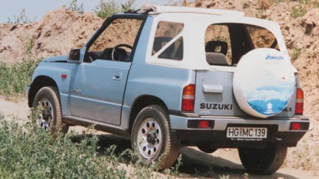 Autoilun aikakone: yhteiskäyttöautoilun ahdinkoa 90-luvulla