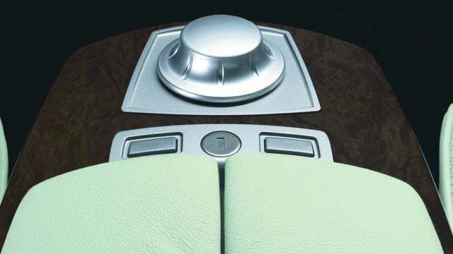 iDrive 20 vuotta – BMW 7-sarja 08/2001