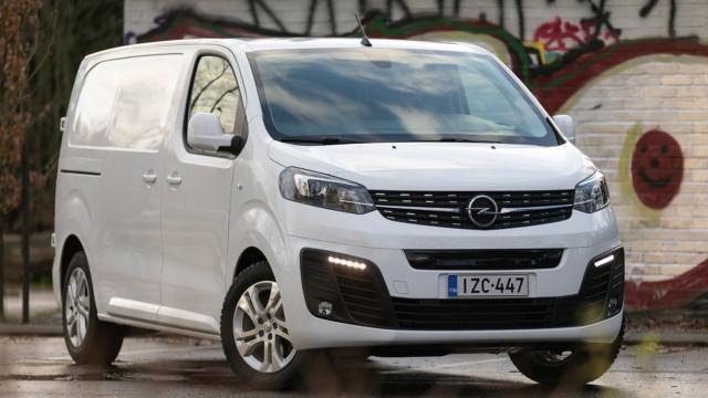 Koeajo: Opel Vivaro-e -sähköpakettiauto on sekä kevyt että raskas ajettava