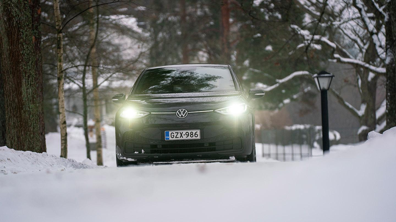 Moottorin käyttötestissä Volkswagen ID.3  onko siitä kansanautoksi?