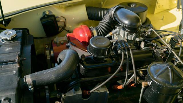 1954 Kaiser Darrin Roadster –RM Sotheby's