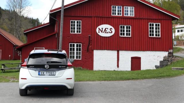 norja matkailu leaf sähköauto