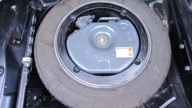 autoilun aikakone muuttoauto mercedes-benz 190