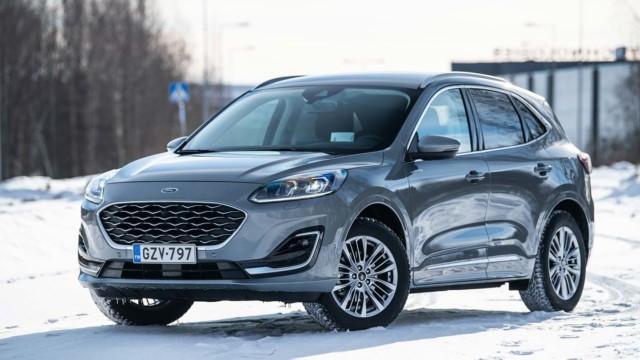 Koeajo: Ford Kuga Hybrid on bensaneliveto – ai niin, ja hybridikin