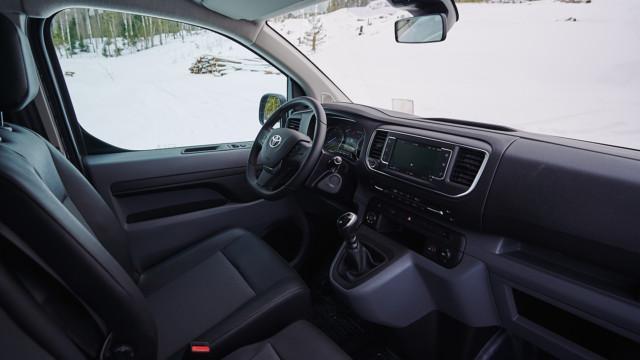 Toyota Proace 4x4 ohjaamo