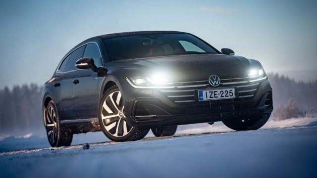 Koeajo: Volkswagen Arteon Shooting Brake on Passatin matalampi variantti