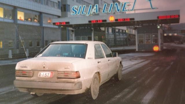 autoilun aikakone verovapaa muuttoauto mercedes-benz