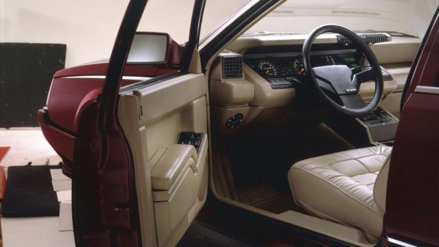 Renault 25 V6 Turbo interior