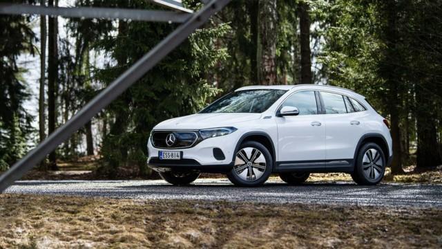 Koeajo: Mercedes-Benz EQA yhdistää sähkön, maavaran ja merkkinsä laatuvaikutelman