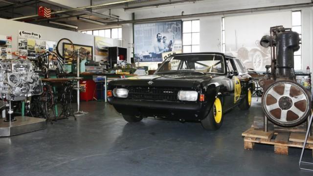 Opel tehdasmuseo museo Rüsselsheim tehdas