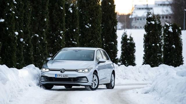 Koeajo: Volkswagen Golf e-Hybrid kannustaa kuskinsa ekoiluun