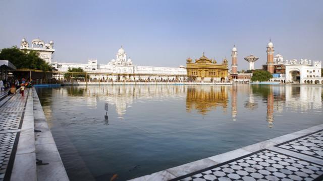 Intia Amritsar kultainen temppeli Punjab