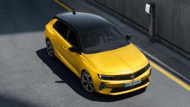 2021 Opel Astra Hybrid