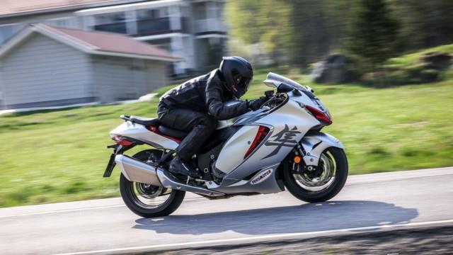 Koeajo: Suzuki Hayabusa – tarina siitä, kun tehoa oli jo tarpeeksi