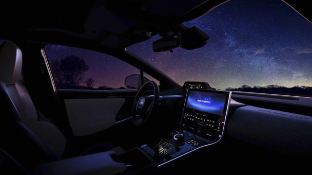 Subarun sähköauton sisätilat