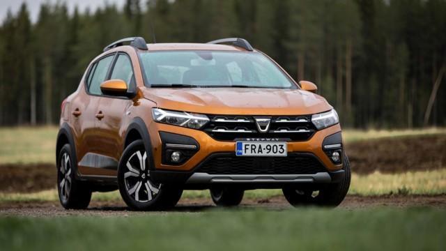 Koeajo: Dacia Sandero Stepway – lisähinta kannattaa pulittaa, jos huonot tiet kuuluvat arkeen