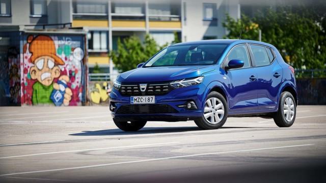 Koeajo: Dacia Sandero on perusauto, jonka automaattivaihteisto on mielenkiintoinen ässä hihassa