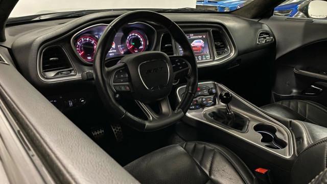 Käytetty erikoisuus – Dodge Challenger SRT Hellcat