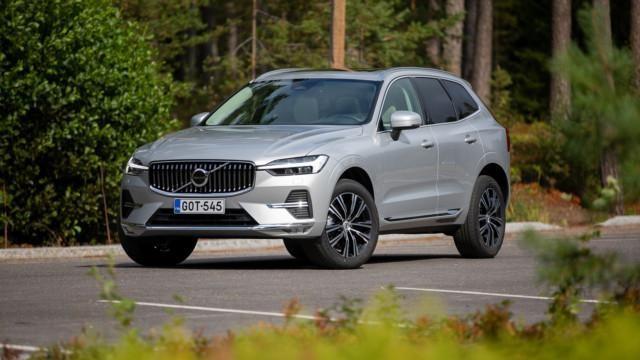 Koeajo: Volvo XC60 B4 kulkee dieselillä, mutta sai sisäänsä palan sähkö-Volvoa